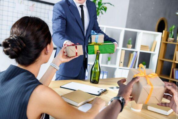 Deshalb sind Geschenke an Mitarbeiter gerade in Coronazeiten so wichtig!