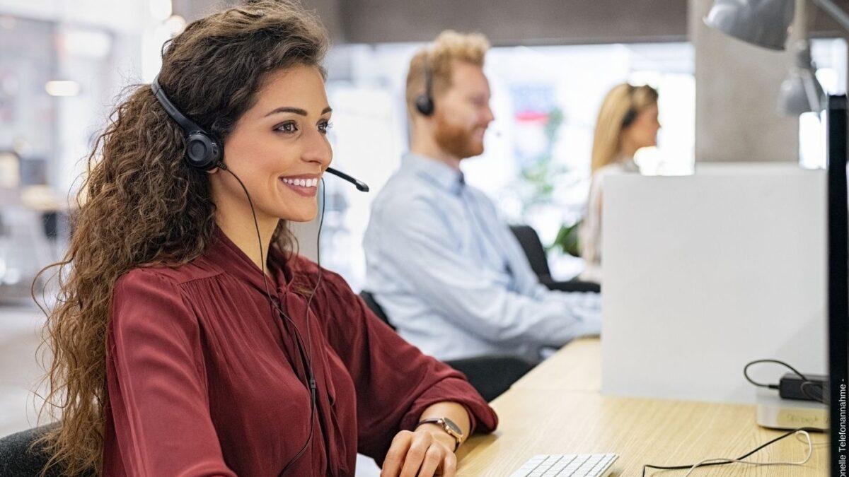 Woran Sie eine gute Agentur für professionelle Telefonannahme erkennen